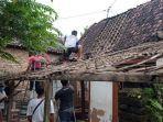 bocah-satu-tahun-selamat-dari-reruntuhan-rumah-ambruk-diguncang-gempa-di-malang.jpg