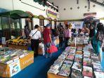 book-fair-on-station-di-stasiun-semarang-tawang.jpg