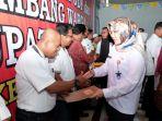 bupati-sri-mulyani-saat-mendeklarasikan-kecamatan-bayat-klaten_20180502_163551.jpg