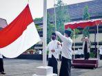 bupati-tegal-umi-azizah-pimpin-upacara-peringatan-hari-santri-nasional-2021.jpg