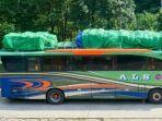 bus-buka-kap-mesinmobilkomersialcom.jpg