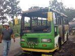 bus-pengantin-terbakar.jpg