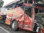 bus-sugeng-rahayu-kecelakaan-di-jalan-raya-surabaya-madiun.jpg