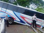 bus-sumber-selamat-alami-kecelakaan-di-madiun.jpg