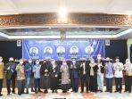 calon-rektor-usm-foto-bersama-panelis-serta-pengelola-yayasan-alumni-undip.jpg