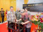 chairman-msa-kargo-monang-sianipar-menandatangani-pr.jpg