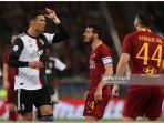 cristiano-ronaldo-berseteru-dengan-alessandro-florenzi-saat-pertandingan-juventus-vs-as-roma.jpg