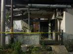 debora-ditemukan-tewas-bersimbah-darah-di-rumahnya-di-jl-senjoyo-ii-no-37-bugangan-semarang_20180621_213809.jpg