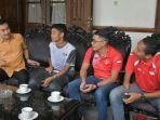delegasi-atlet-national-paralympic-committee-npc-kota-salatiga-saat-beraudiensi.jpg