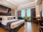 deluxe-room-hotel-grand-candi-semarang_20170808_022414.jpg
