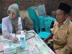 dokter-dari-rsi-sultan-agung-semarang-beri-pelayanan-kesehatan-pada-korban-ban_20170226_141932.jpg
