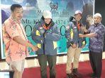 dua-mahasiswa-ums-solo-akan-taklukkan-puncak-tertinggi-mongolia_20180910_114150.jpg