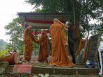 dua-orang-samanera-atau-calon-bhikkhu-1.jpg