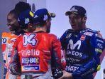 ekspresi-valentino-rossi-di-atas-podium-motogp-qatar-2018_20180319_124056.jpg