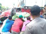 evakuasi-jenazah-korban-laka-kereta-di-perlintasan-sebidang.jpg