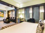 executive-suite-room-hotel-grand-candi-semarang_20170808_022903.jpg