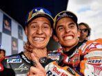 fabio-quartararo-dan-marc-marquez-sedang-merayakan-hasil-kualifikasi-motogp-spanyol-2019.jpg