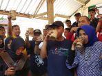 festival-minum-tuak-manis-lombok-barat.jpg