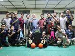 foto-bersama-tim-robotika-teknik-elektro-universitas-semarang-usm.jpg