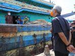 ganjar-cek-kesehatan-nelayan-tegal.jpg
