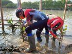 ganjar-tanam-mangrove-di-bedono-sayung-juni-2021.jpg