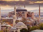 gedung-bersejarah-hagia-sophia-di-istanbul-turki.jpg
