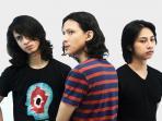 grup-band-sugar-bitter-dan-cover-album-pertama_20160327_104620.jpg<pf>grup-band-sugar-bitter-dan-cover-album-pertama-ok_20160327_105134.jpg