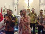 gubernur-jateng-ganjar-pranowo-dan-wali-kota-semarang-hendrar-prihadi-mengunjungi-gereja-katedral.jpg