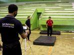 guru-pjok-temanggung-membuat-video-tutorial-praktik-olahraga-di-gor-bambu-run.jpg