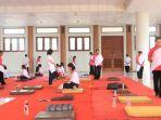 ikut-meditasi-di-vihara-buddhagaya-watugong_20180827_175827.jpg