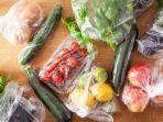 ilustrasi-buah-dan-sayur-yang-dibungkus-plastik.jpg