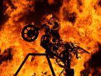 ilustrasi-kebakaran-motor.jpg