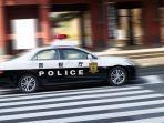 ilustrasi-mobil-polisi-jepang.jpg