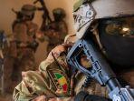 ilustrasi-pasukan-khusus-mali-membersihkan-kamar-di-dekat-base-camp-loumbila.jpg