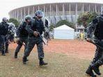 ilustrasi-tentara-brasil-siap-amankan-piala-dunia-2014.jpg