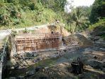 jalur-penghubung-utama-kabupaten-banjarnegara-kebumen-ditutup_20180710_192229.jpg