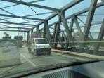 jembatan-buyaran-sisi-utara-digunakan-dua-arah_20180912_232627.jpg