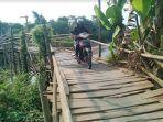 jembatan-kayu-penghubung-batang-pekalongan-di-karangasem_20180814_204735.jpg