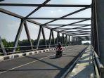 jembatan-kragan-atau-jembatan-jokowi-di-kecamatan-gondangrejo-karanganyar.jpg