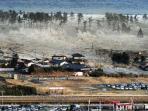 jepang-dilanda-gempa-bumi-besar-dan-tsunami-2011_20160913_092121.jpg