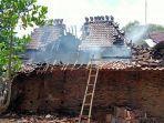 kebakaran-di-desa-singorojo-kecamatan-mayong.jpg