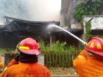 kebakaran_20171217_184229.jpg