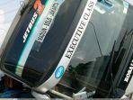 kecelakaan-antara-bus-rosalia-indah-dan-honda-jazz.jpg