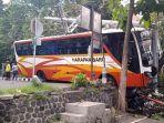 kecelakaan-bus-trenggalek.jpg
