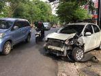 kecelakaan-di-jalan-sriwijaya-kota-semarang-reza.jpg