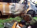 kecelakaan-mobil-yaris-solo-baru.jpg