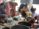 kelompok-mekarsari-desa-danaraja-banjarnegara-produksi-sabun-cuci-tangan-dan-piring.jpg