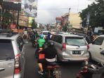 kemacetan-di-jalan-mh-thamrin_20180222_181911.jpg