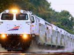 kereta-api-indonesia.jpg