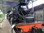 kereta-dan-loko-yang-tersimpan-di-museum-kereta-api-ambarawa_20161222_100932.jpg